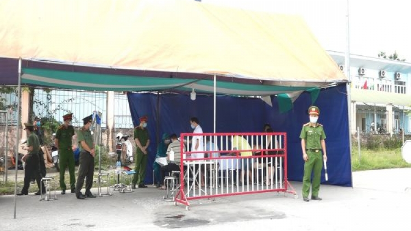 Huyện Văn Yên-Yên Bái thưởng 10 triệu cho ai tố giác người nhập cảnh trái phép