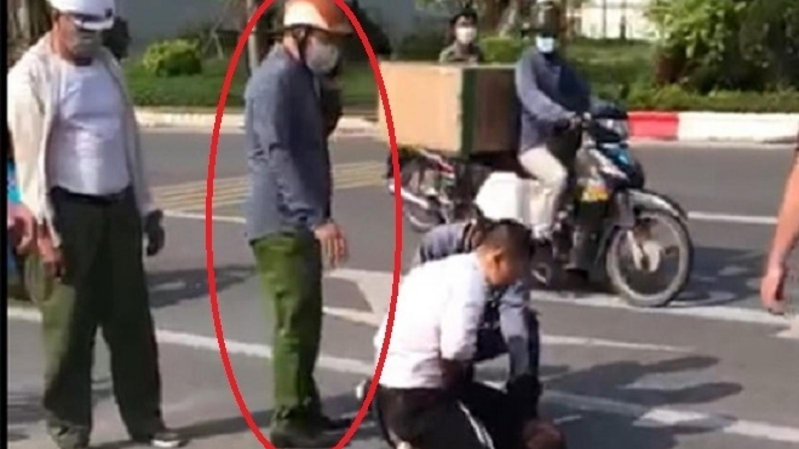 Tường trình của công an đứng bấm điện thoại nhìn lái xe vật lộn với tên cướp