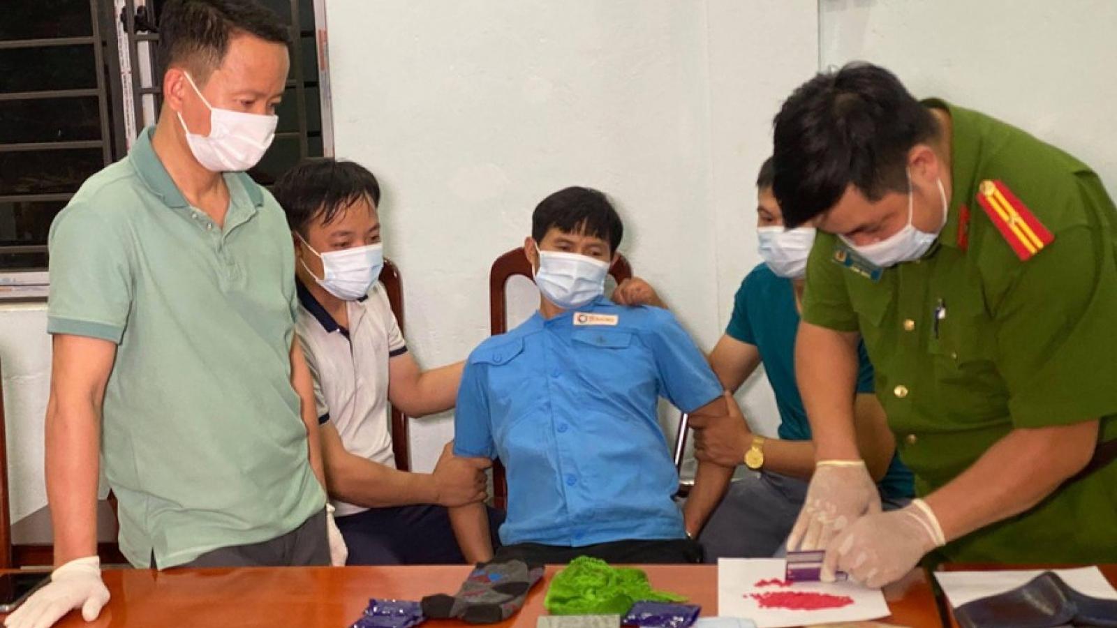 Túng tiền, cựu Chủ tịch xã ở Lào Cai đi mua ma túy bán kiếm lời