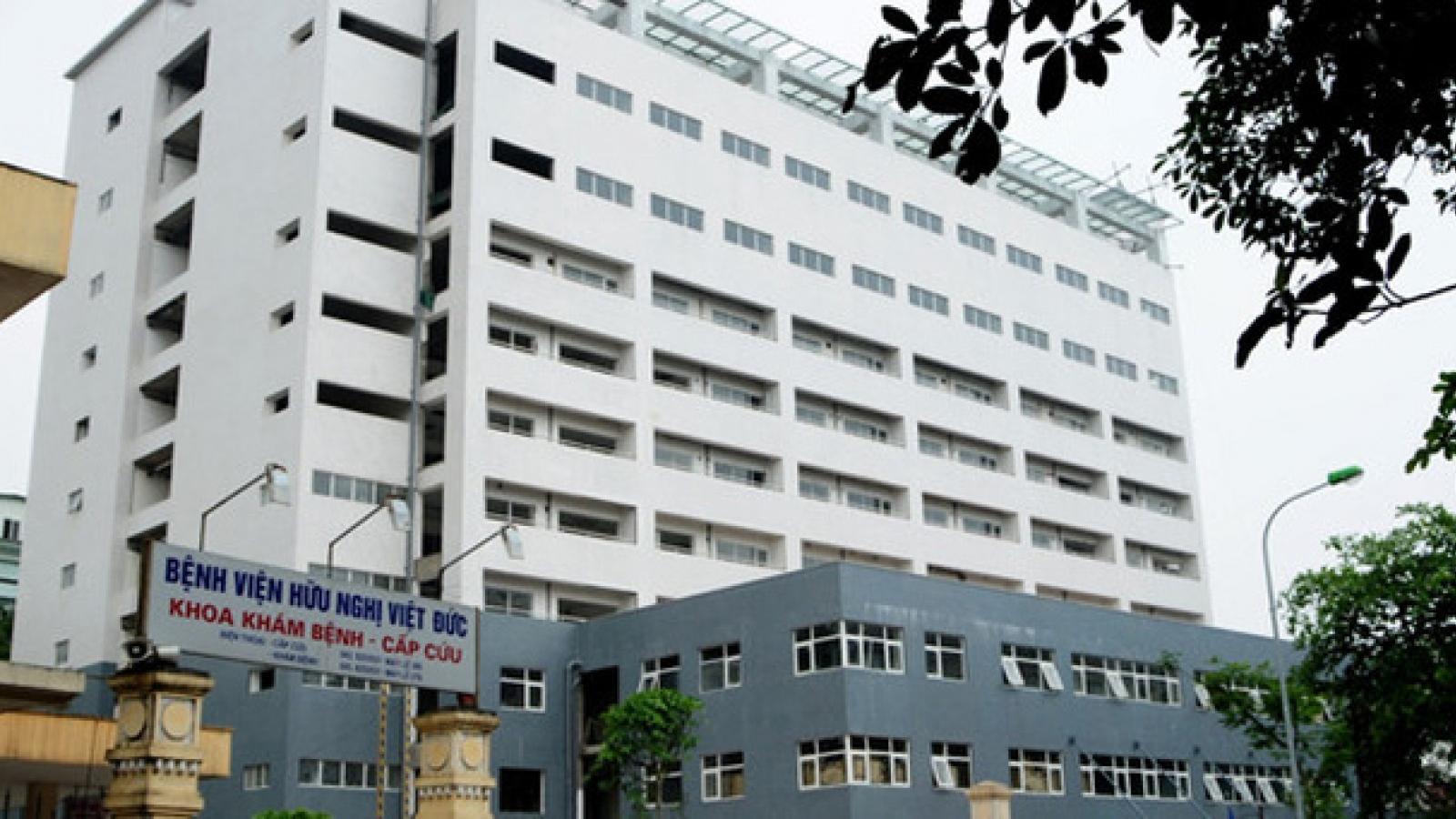 Một người đàn ông tử vong khi rơi từ tầng 5 bệnh viện Việt Đức