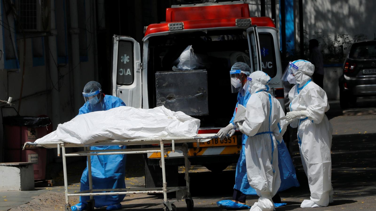 """Ấn Độ tiếp tục """"phá kỷ lục"""" về số ca mắc bệnh và tử vong do Covid-19"""