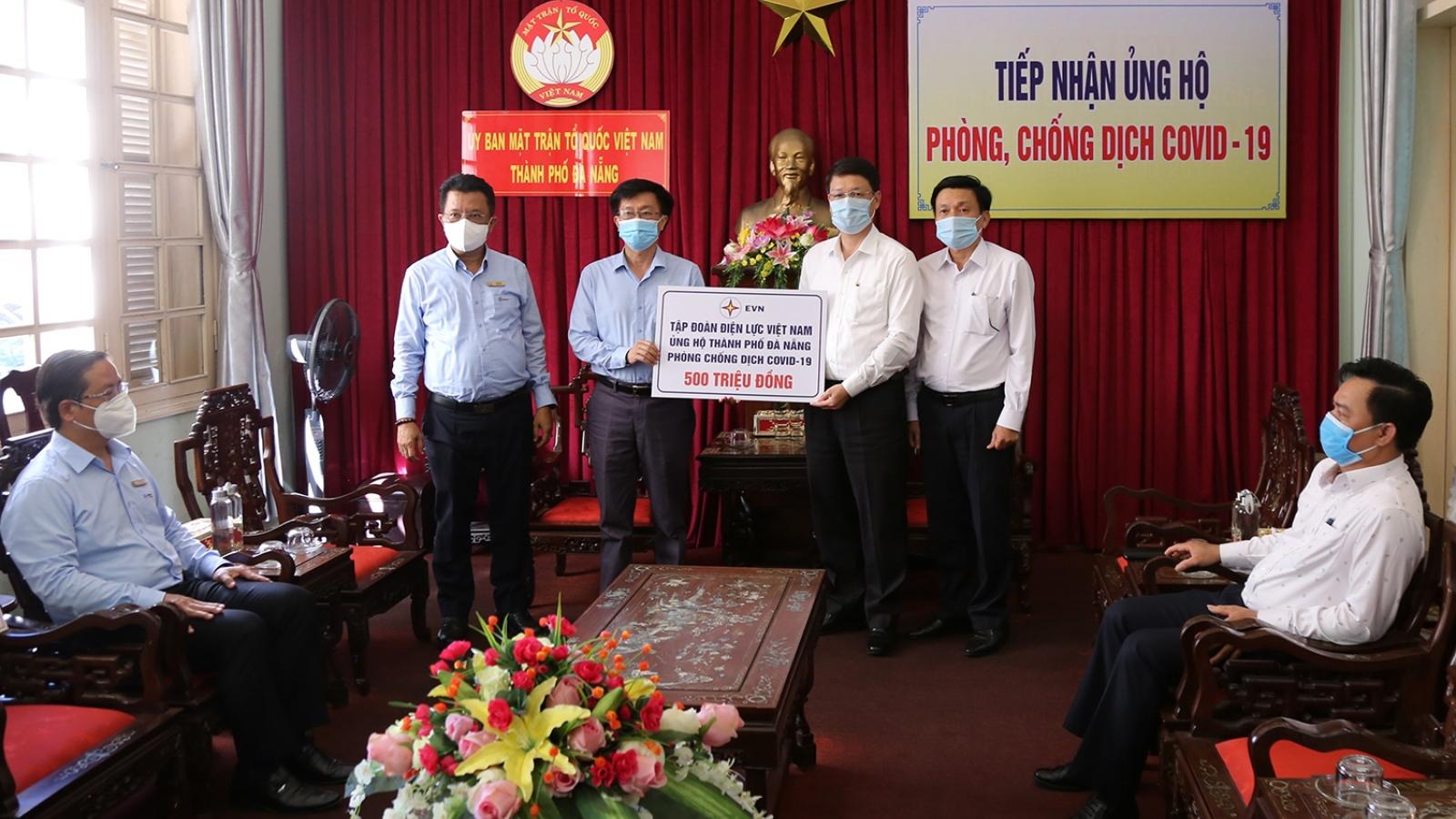 Tập đoàn Điện lực trao 500 triệu đồng giúp Đà Nẵng phòng, chống dịch COVID-19