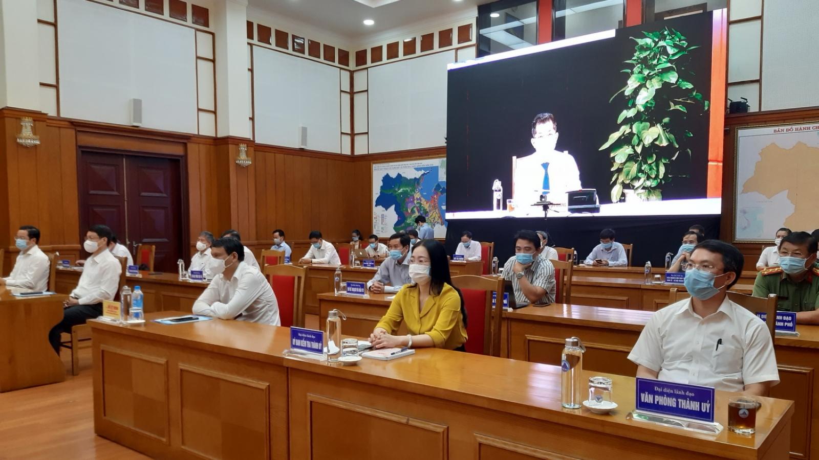 Tiếp xúc cử tri Đà Nẵng, ứng viên cam kết tháo gỡ khó khăn trong quản lý đất đai