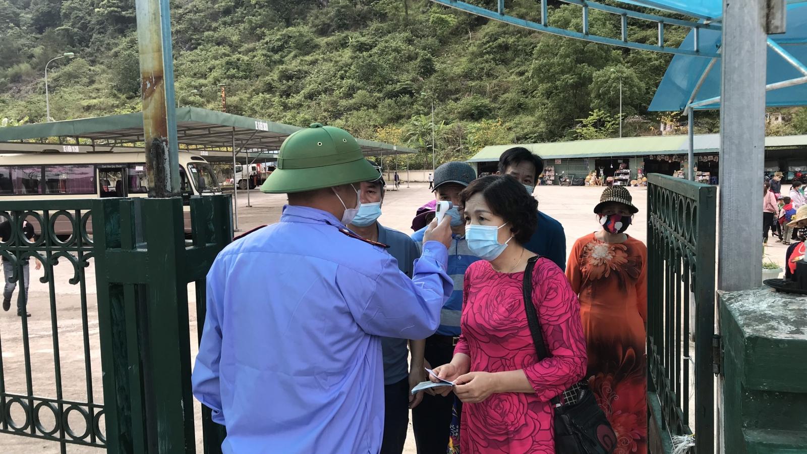 Bắc Kạn, Cao Bằng yêu cầu người đi, về từ ngoài tỉnh thực hiện nghiêm khai báo y tế