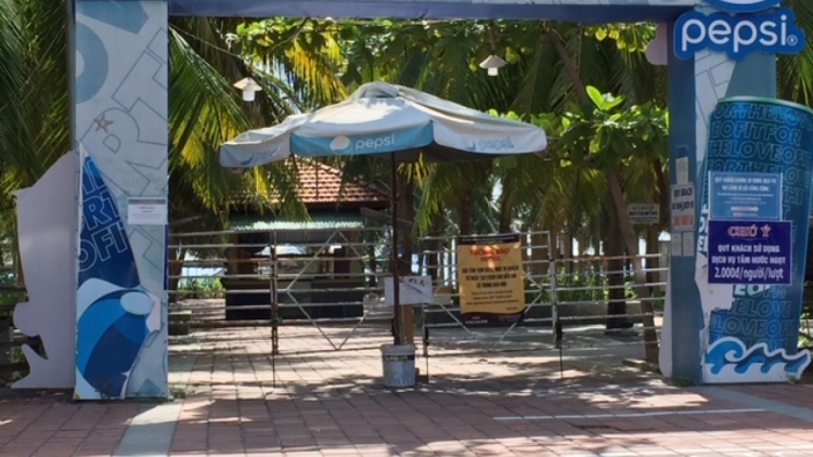 Đà Nẵng: Tạm dừng tắm biển, vận động tổ chức hiếu hỷ gọn nhẹ