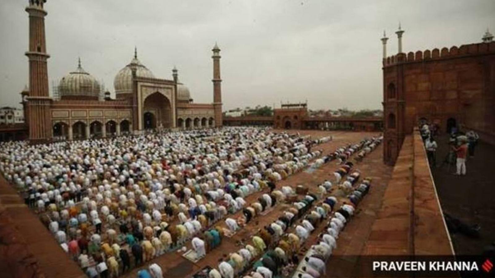 Người Hồi giáo đón lễ Eid al-Fitr giữa lúc dịch Covid-19 diễn biến phức tạp