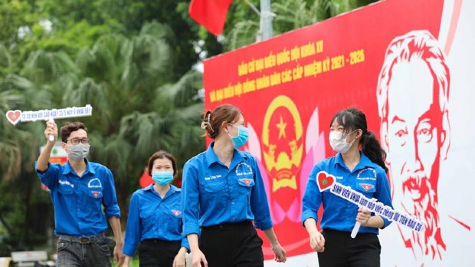 Indonesian, Singaporean scholars comment on Vietnam's NA election