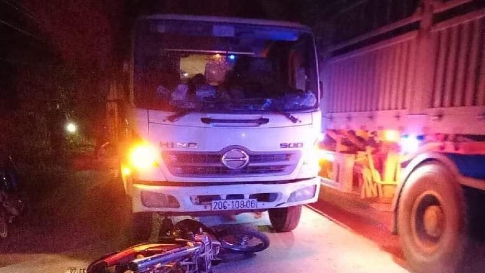 Mô tô đấu đầu xe tải khiến mộtngười tử vong