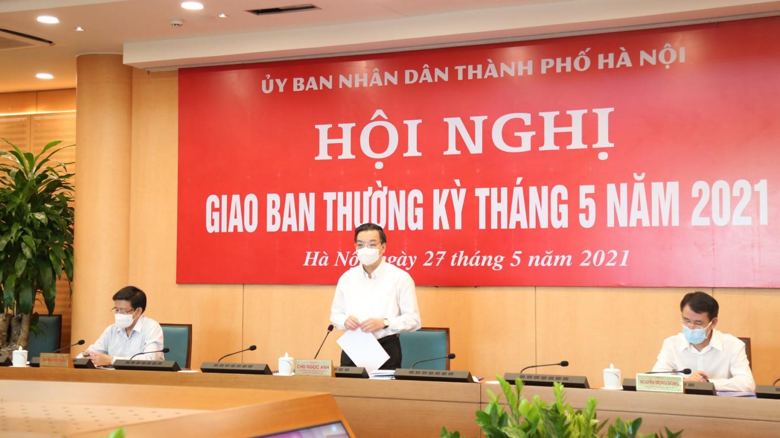 Hà Nội tiếp tục hỗ trợ xét nghiệm 20.000 mẫu, tặng 10.000 kit test cho Bắc Giang