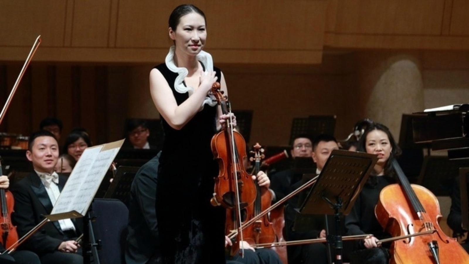 Nữ nghệ sĩ violin nổi tiếng Trung Quốc tự tử