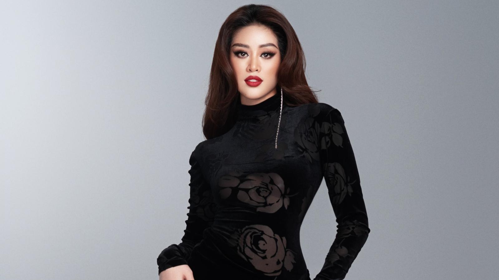 Hoa hậu Khánh Vân hé lộ bộ ảnh dạ hội trước thềm bán kết Miss Universe lần thứ 69