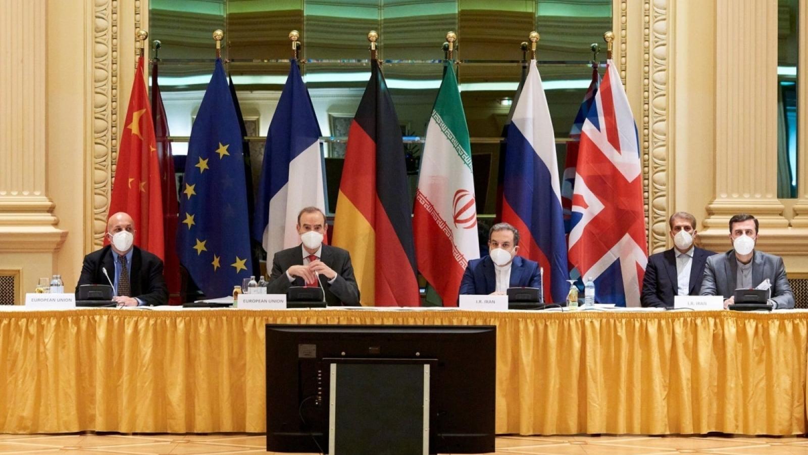 Toan tính của Mỹ và Iran phía sau bàn đàm phán hạt nhân