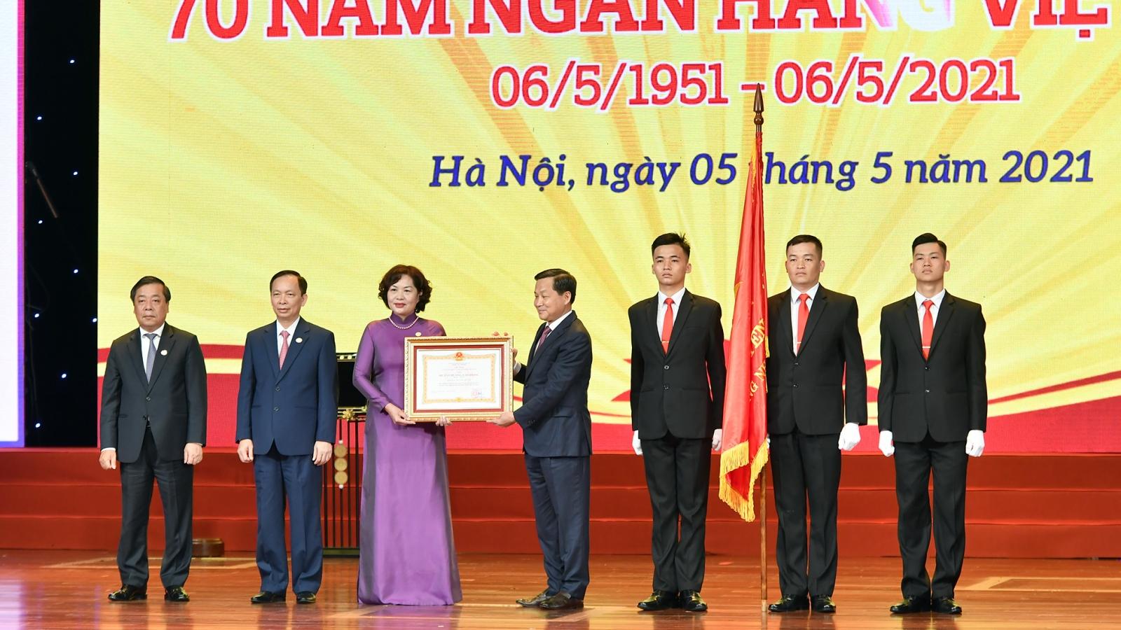 """Tổng Bí thư Nguyễn Phú Trọng: Ngành ngân hàng """"là huyết mạch của nền kinh tế"""""""