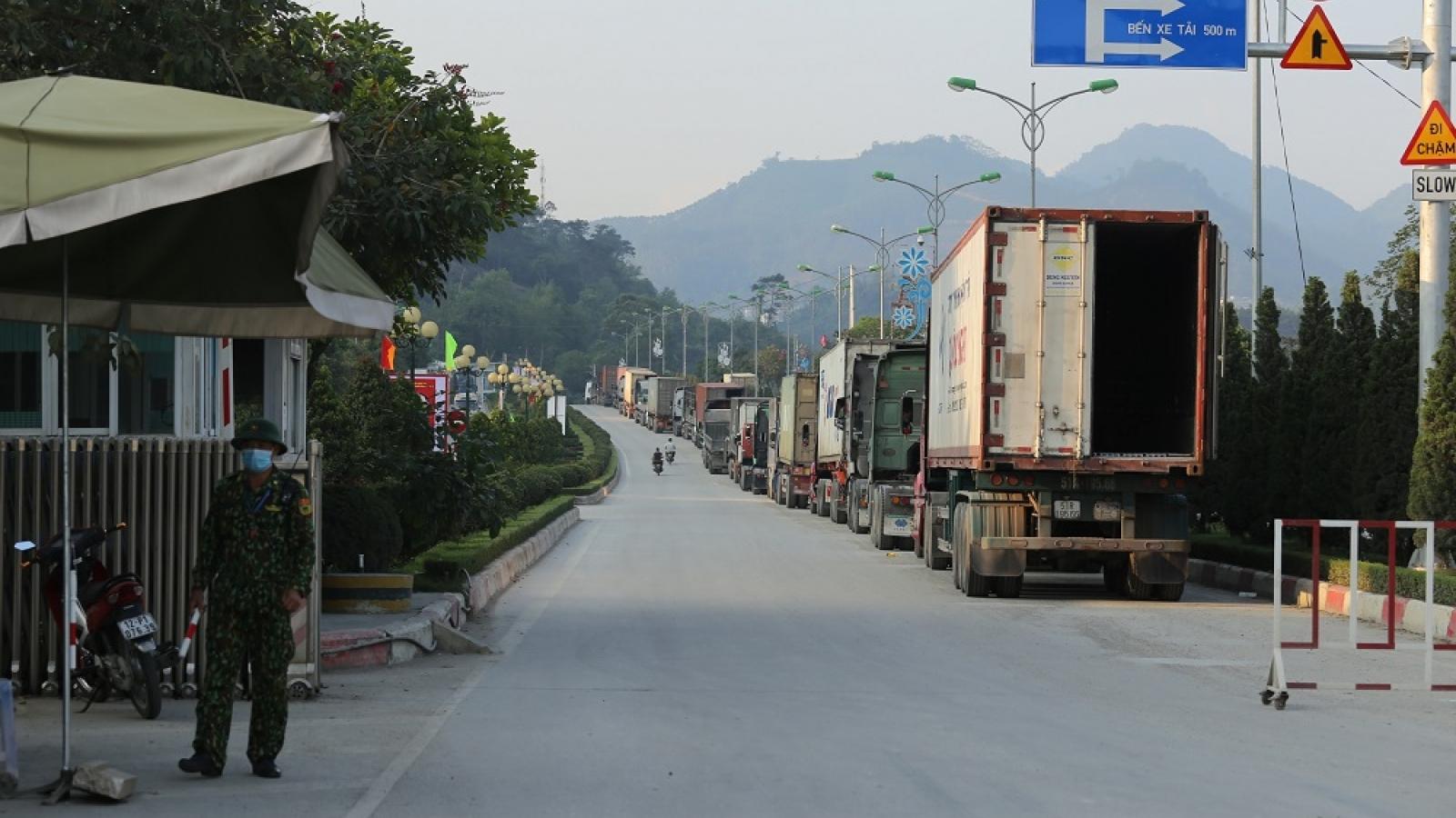 Lạng Sơn gỡ khó cho thông quan hàng hóa qua cửa khẩu