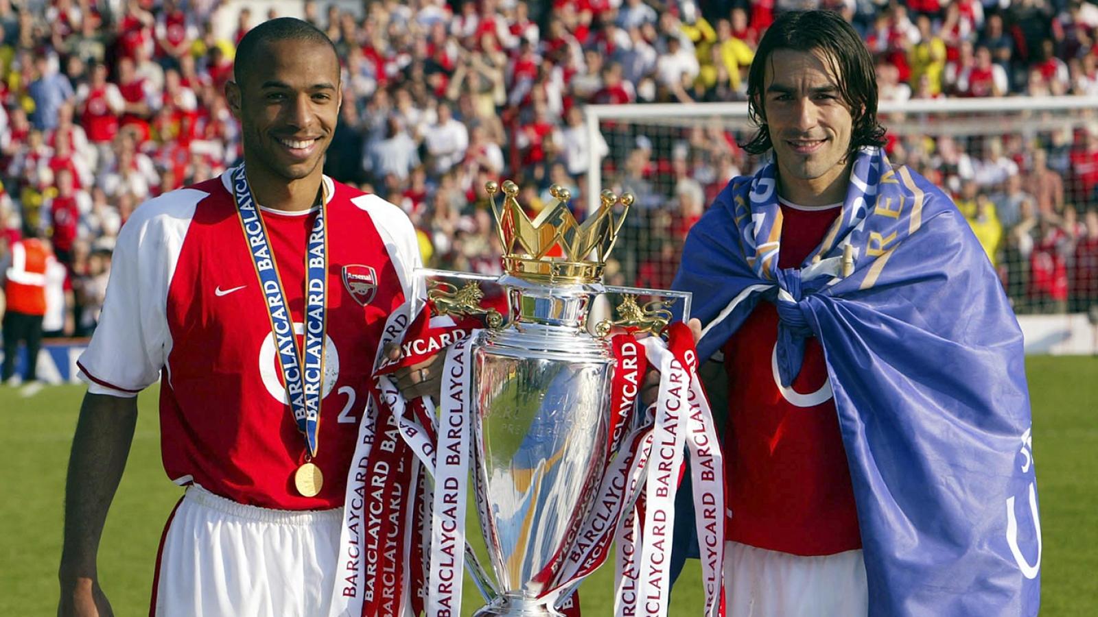 Ngày này năm xưa: Arsenal hoàn tất mùa giải bất bại lịch sử