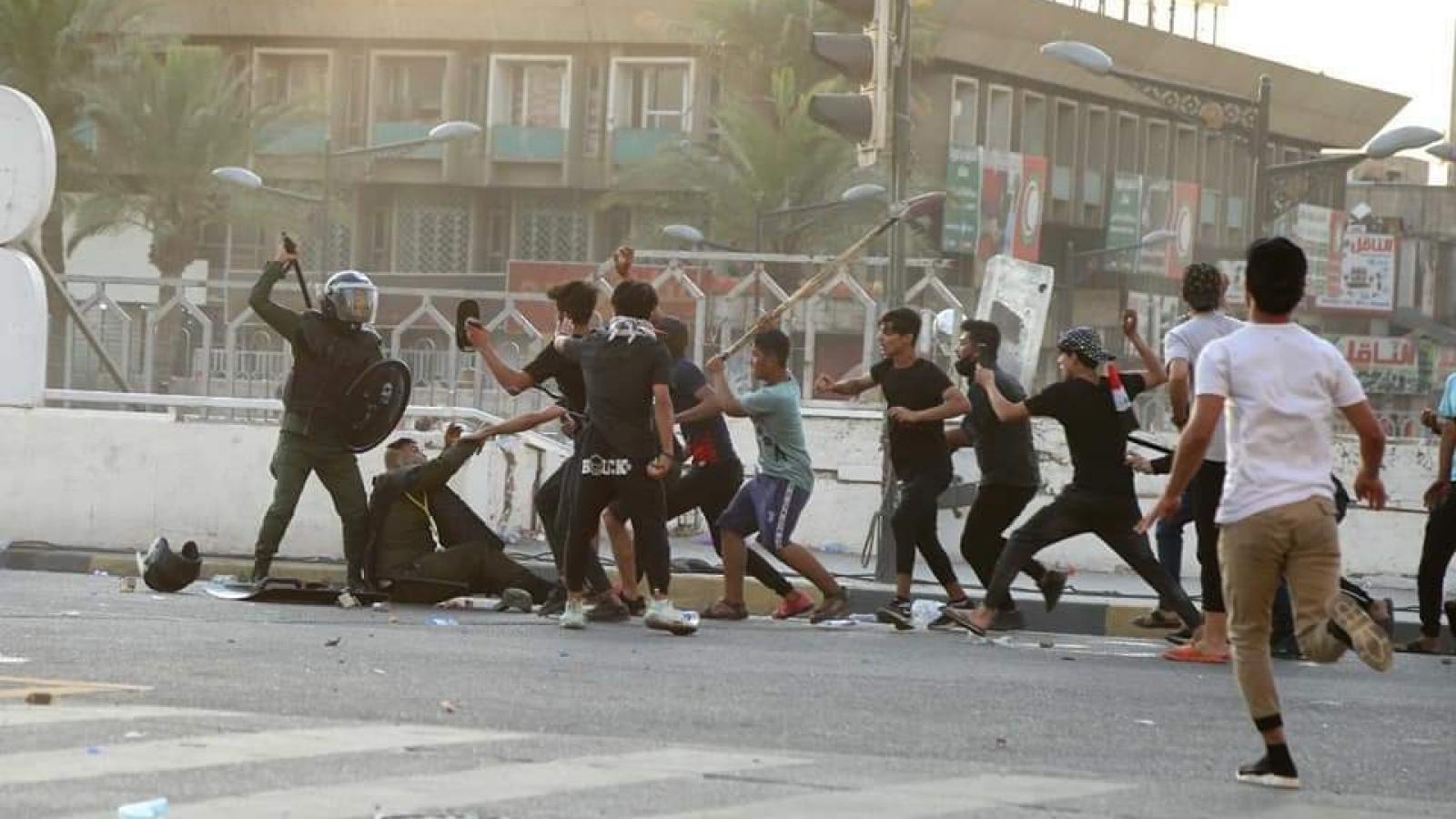 Làn sóng biểu tình bùng phát mạnh tại Iraq vì vấn nạn tham nhũng