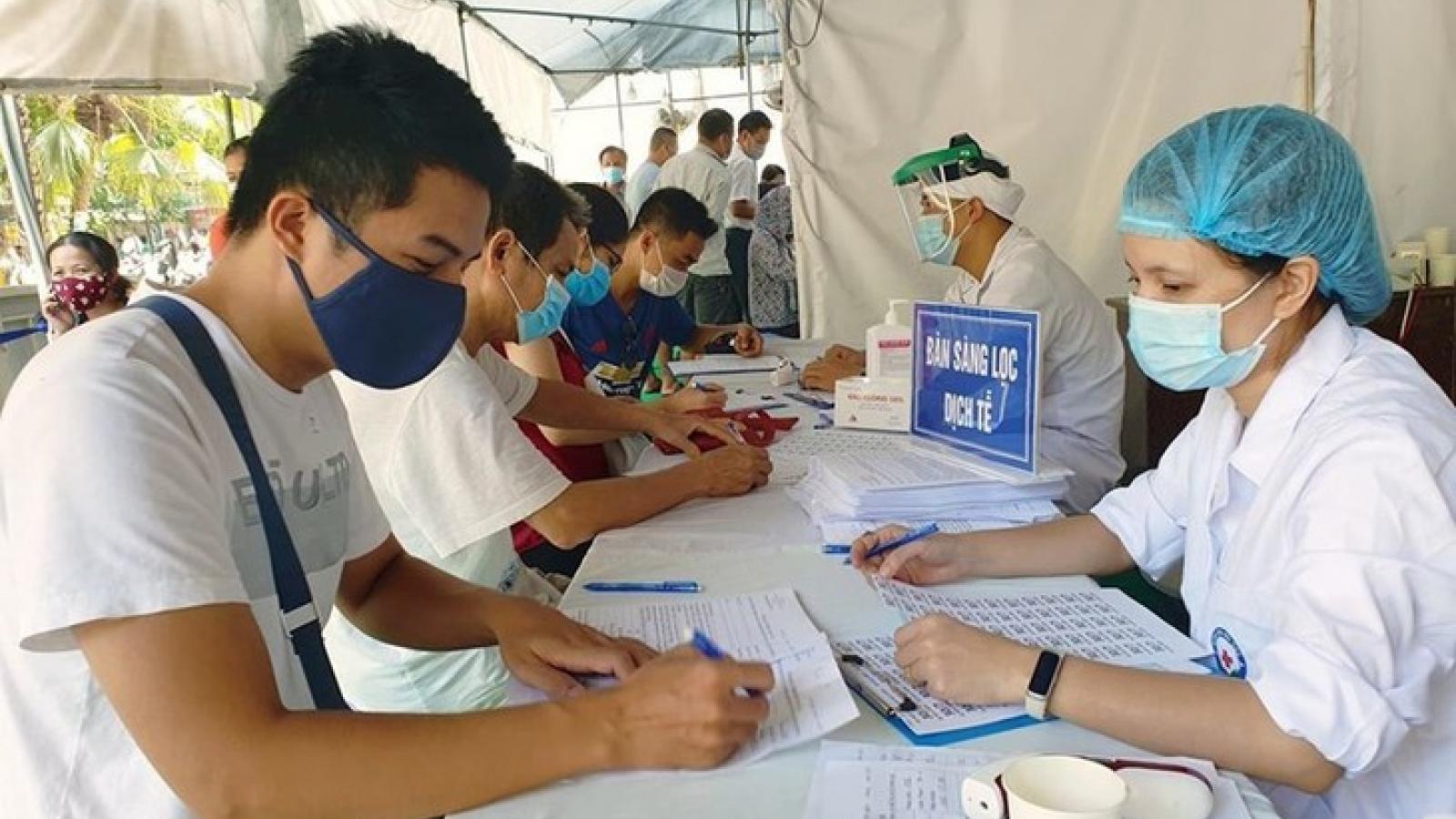 Các tổ dân phố ở Hà Nội đẩy mạnh tuyên truyền khai báo y tế