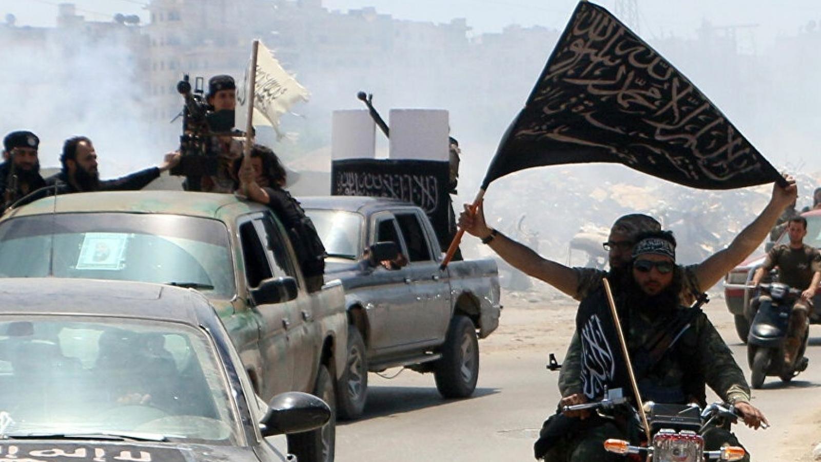 Al-Qaeda đe dọa 'cuộc chiến trên mọi mặt trận' sau khi Mỹ rút quân khỏi Afghanistan