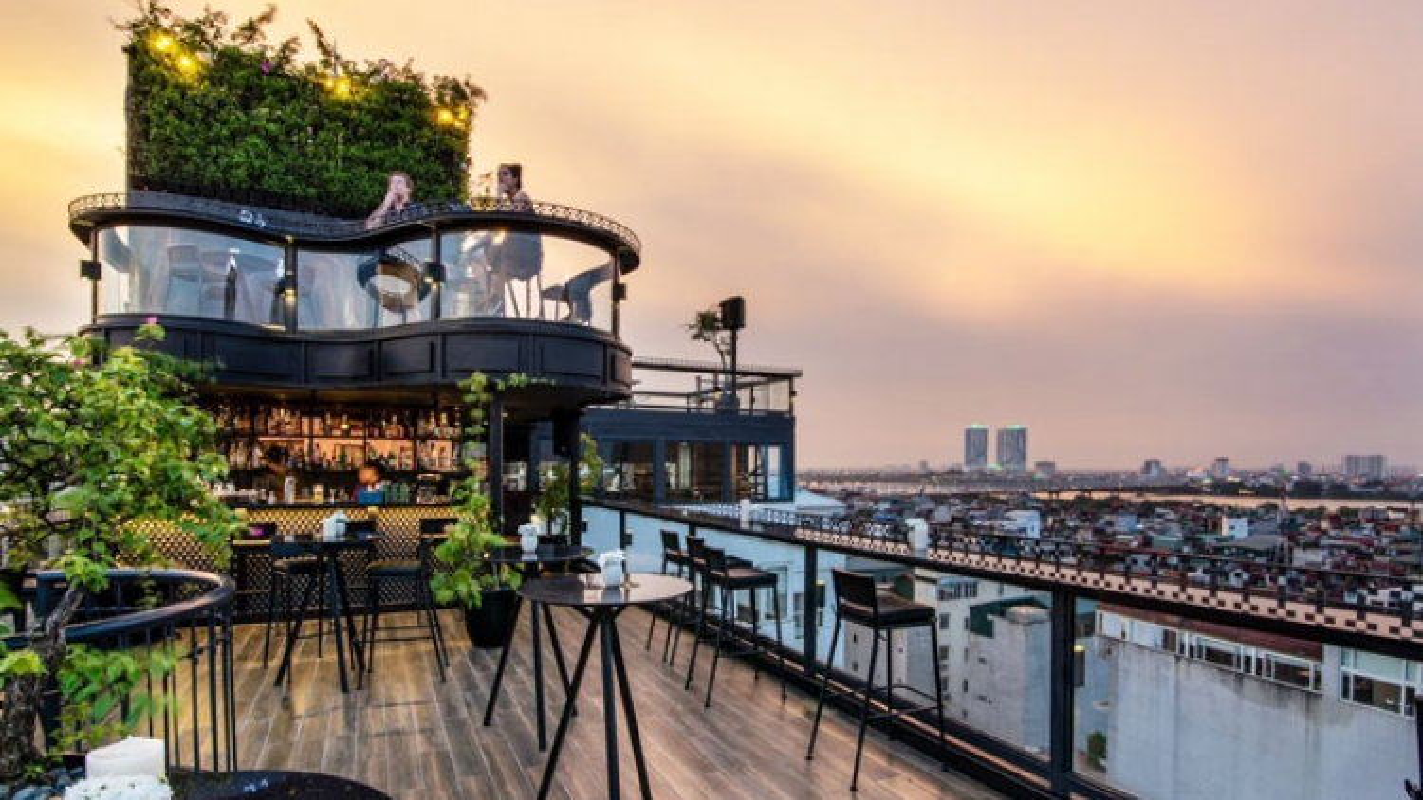 Vietnamese hotels make World's Best Rooftops for 2021 list