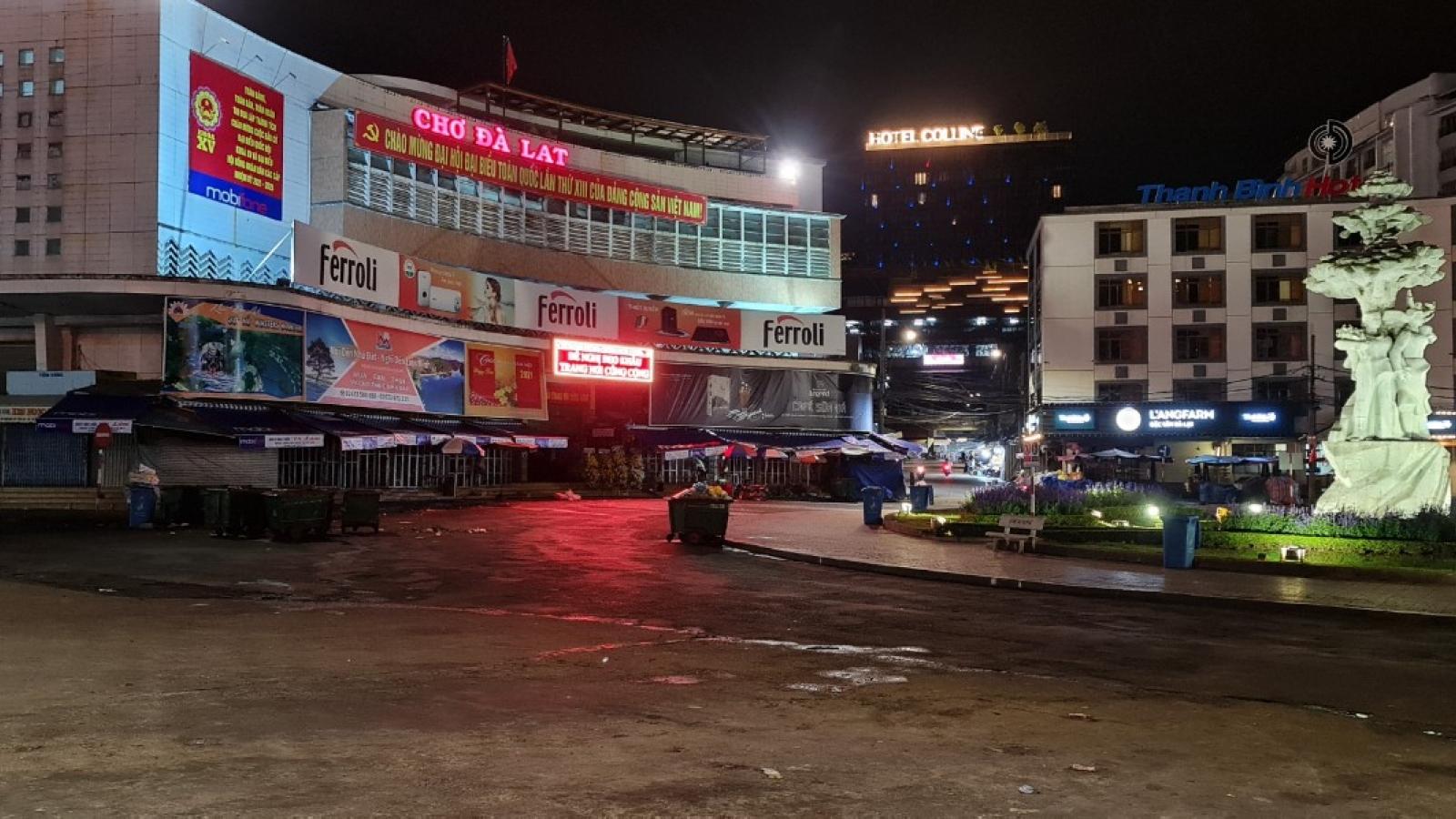 Lâm Đồng yêu cầu một số dịch vụ không được đón khách đến từ vùng dịch