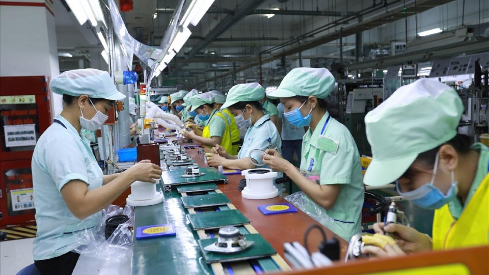 Đài Loan tạm dừng nhập cảnh lao động nước ngoài kể từ 0h00 ngày 19/5