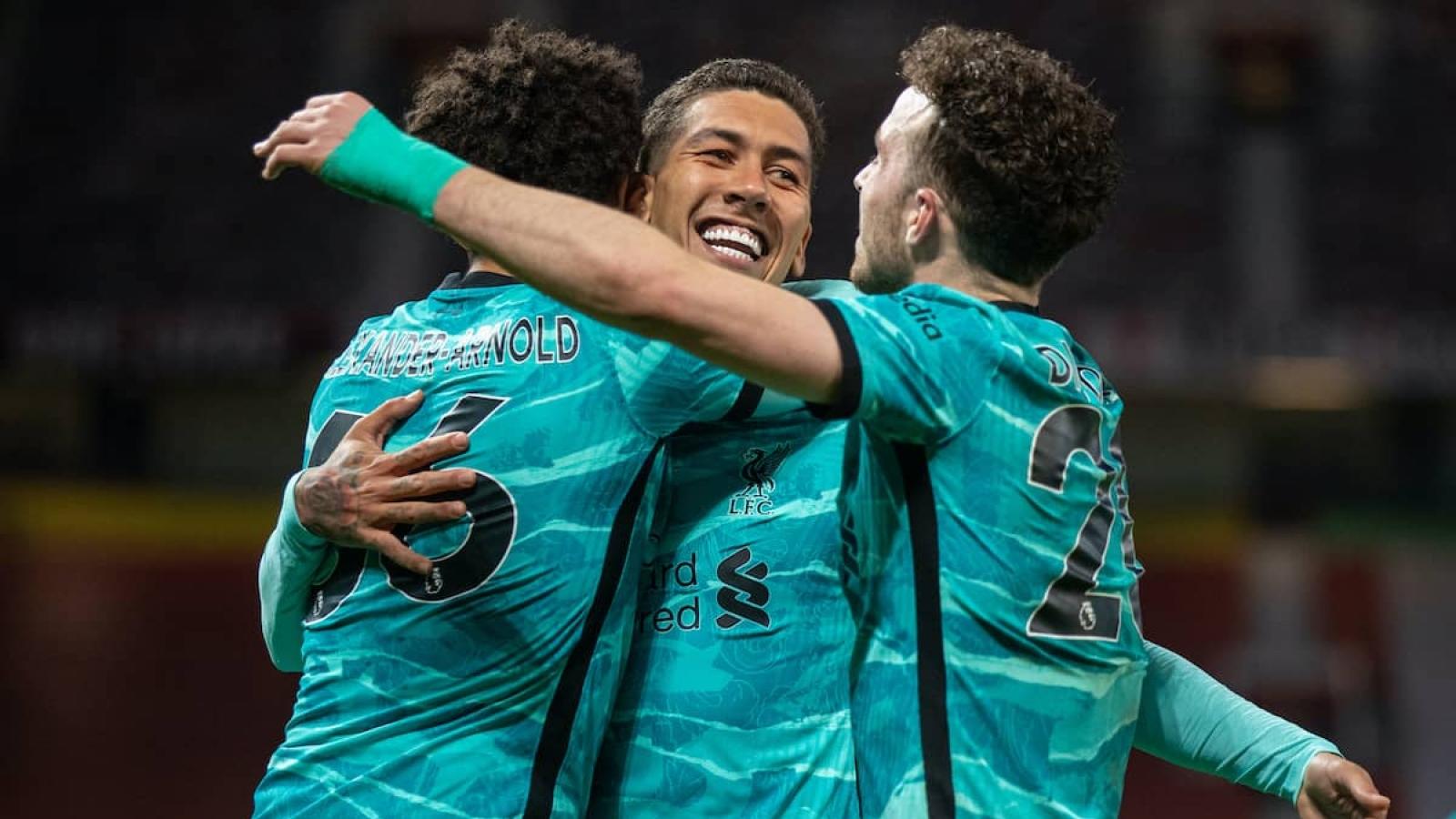Ngược dòng hạ MU, Liverpool níu giữ hy vọng dự Champions League