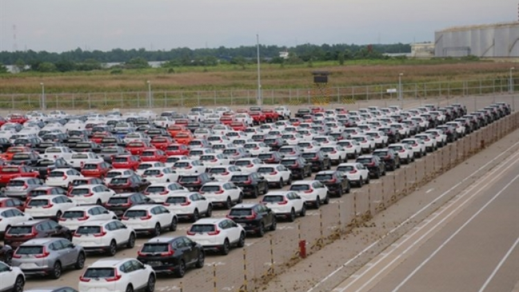 More than US$1.1 billion spent on car imports in four months