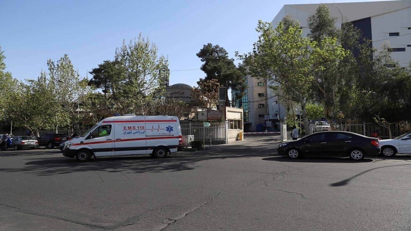 Rơi từ tòa nhà cao tầng, một nhà ngoại giao Thụy Sỹ ở Iran tử vong