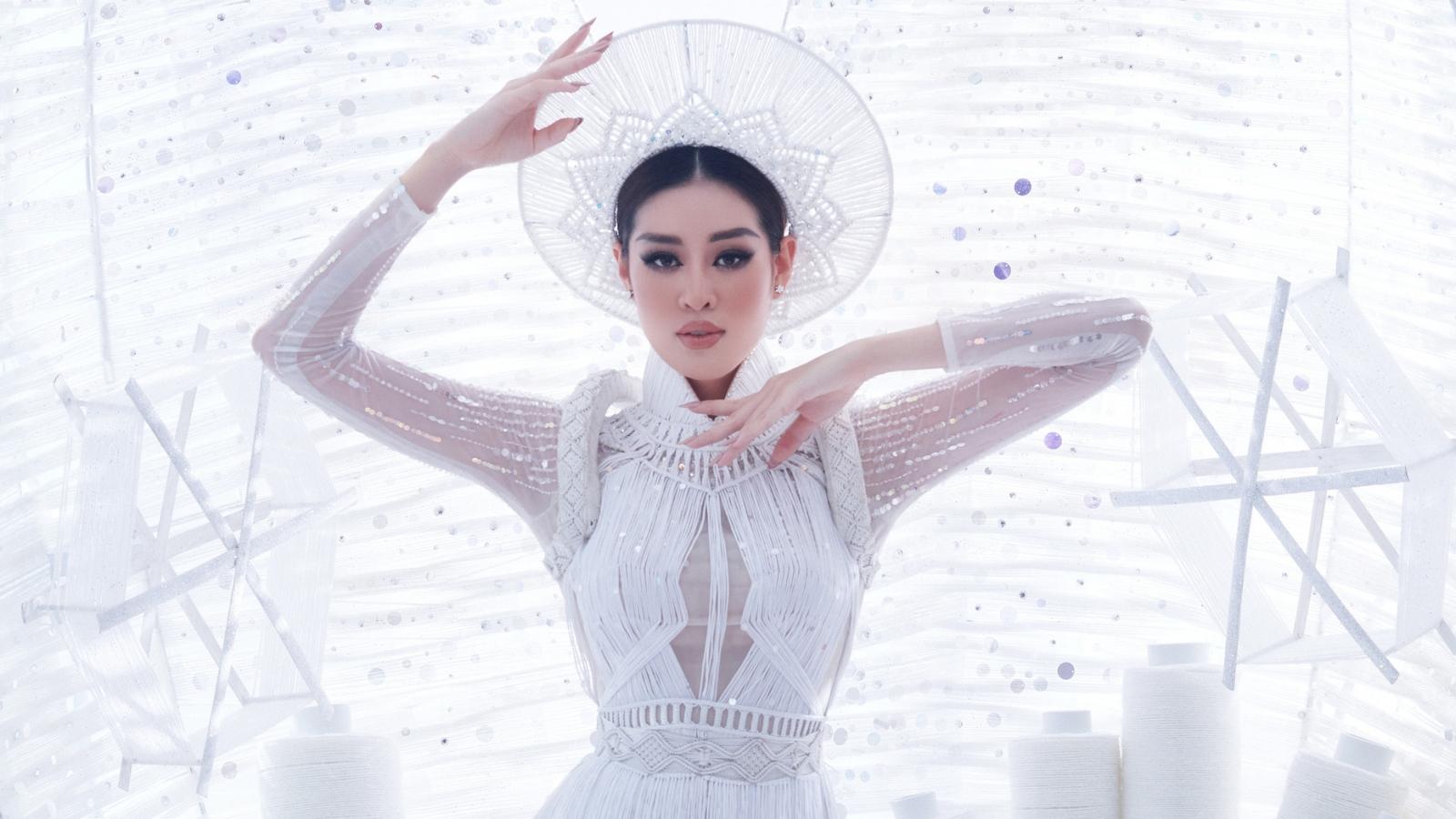 Trực tiếp chung kết Miss Universe 2020: Khánh Vân tự tin tỏa sáng