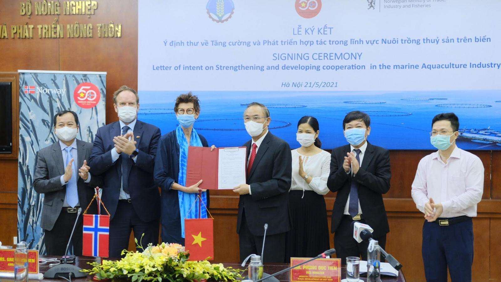 Ký kết ý định thư hợp tác trong lĩnh vực nuôi trồng thủy sản Việt Nam - Na Uy