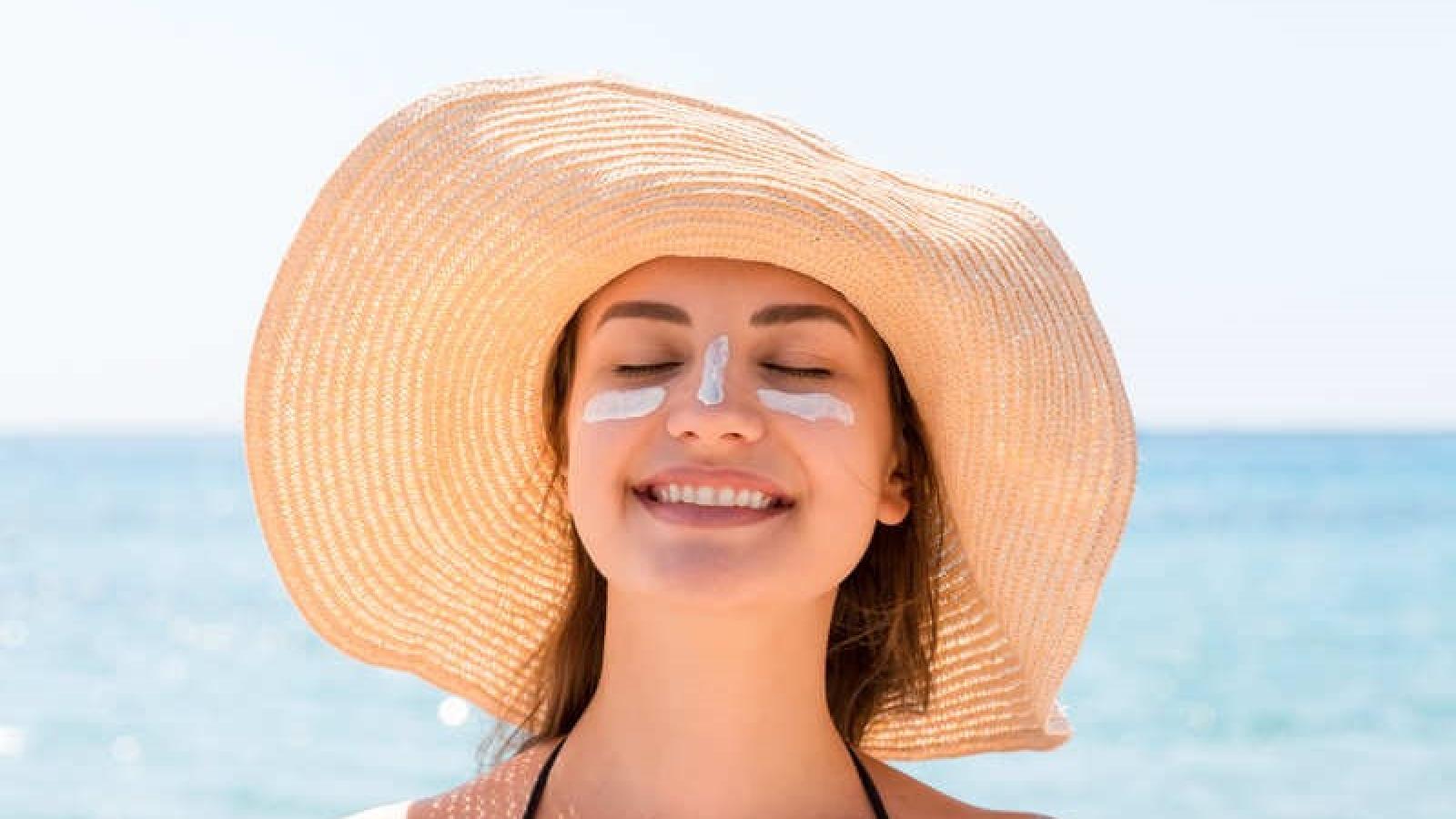 Cách chống nắng cho làn da của bạn trong mùa hè