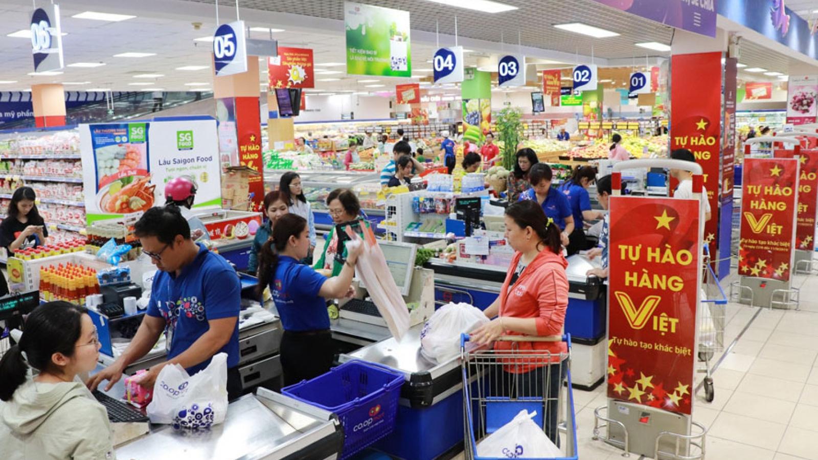 Mua sắm hàng hóa không biến động nhiều so với trước dịch Covid-19