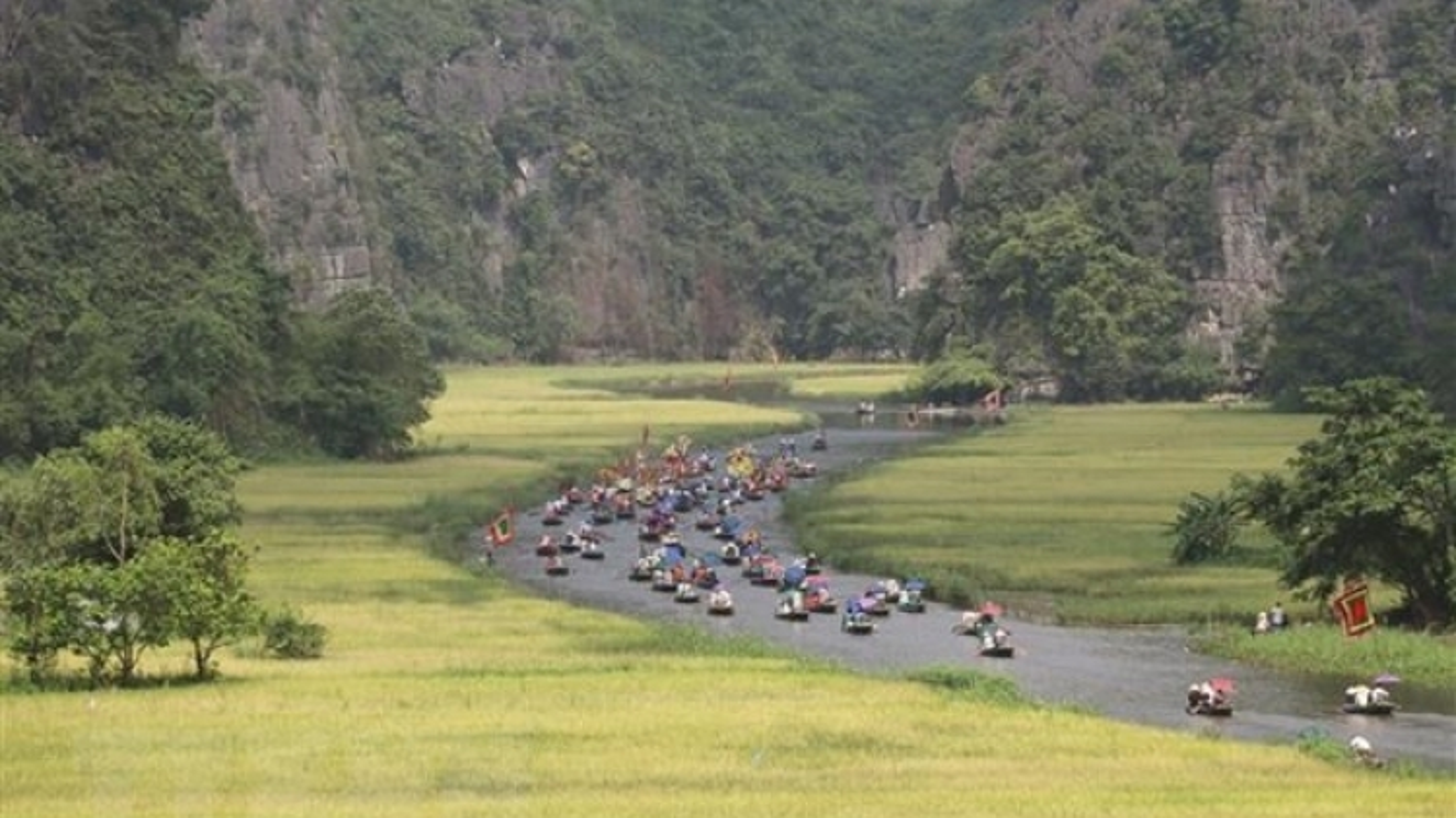 Ninh Binh cancels tourism week due to COVID-19