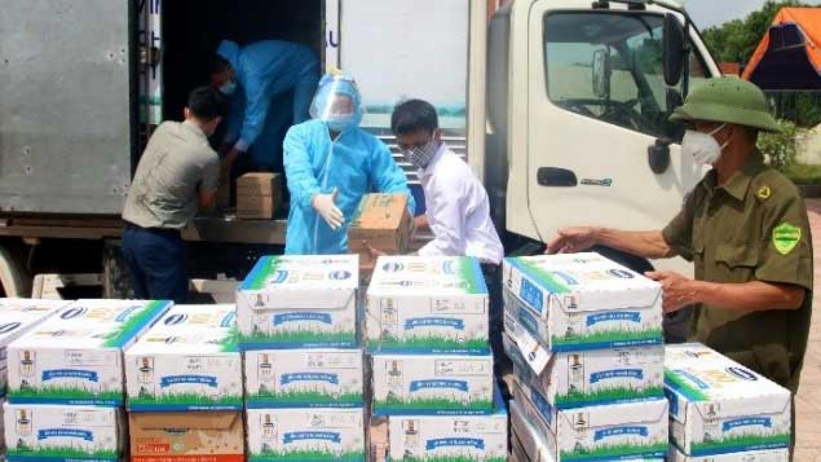 Vinamilk ủng hộ gần 2 triệu sản phẩm dinh dưỡng chống dịch