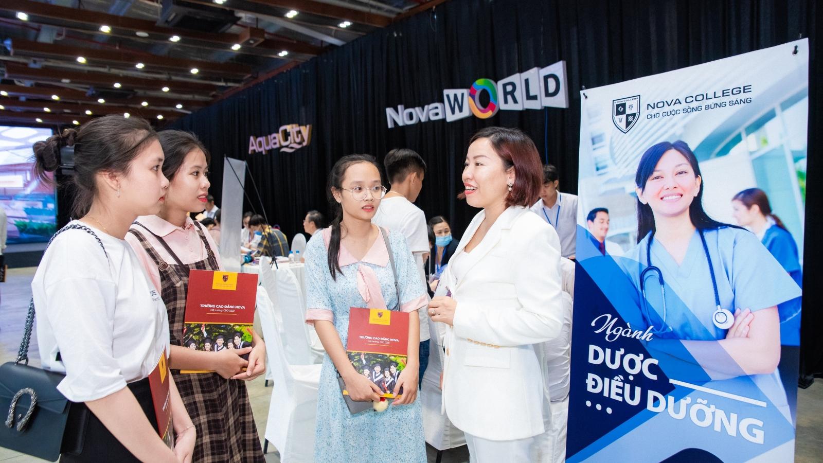 Cao đẳng Nova thúc đẩy hợp tác trong nước và quốc tế, nâng tầm chất lượng đào tạo