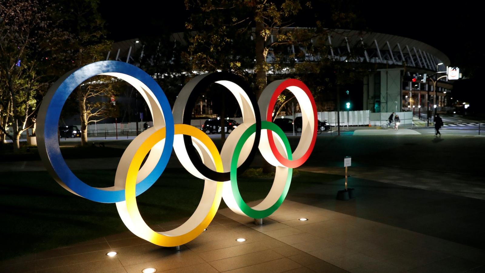 Cử tạ Việt Nam có thể mất cơ hội dự Olympic 2020 vì án phạt