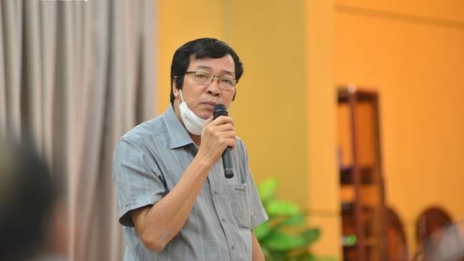 Không đủ tuổi tái cử, tái bổ nhiệm, 4 giám đốc Sở ở Quảng Ngãi nghỉ công tác