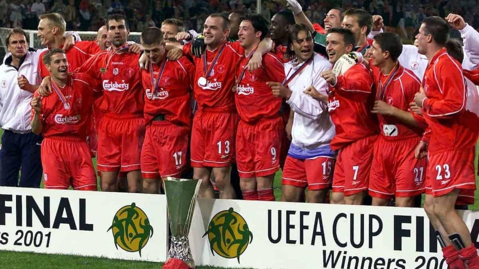 """Ngày này năm xưa: Liverpool giành UEFA Cup sau trận chung kết """"không tưởng"""""""