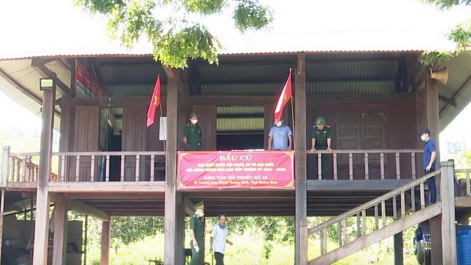 Quảng Bình chuẩn bị bầu cử sớm tại các xã miền núi, biên giới vào ngày mai 21/5