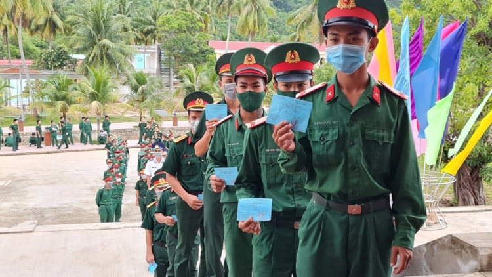 ĐBSCL: Cử tri tại một số đảo và các lực lượng vũ trang ở xa đất liền bầu cử sớm