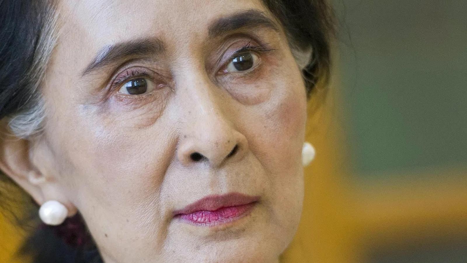"""Vụ xét xử thủ lĩnh Aung San Suu Kyi: Bất ổn ở Myanmar như """"lửa đổ thêm dầu"""""""