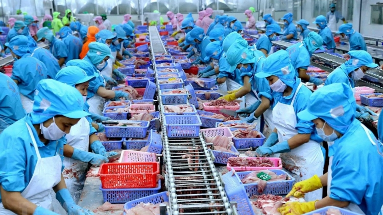 Aquatic exports hit US$2.39 billion over first four months