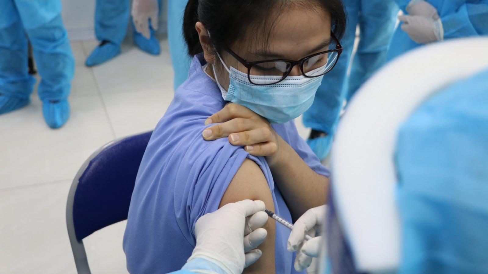Các DN Nhà nước ủng hộ 2.360 tỷ đồng cho Quỹ vaccine phòng COVID 19