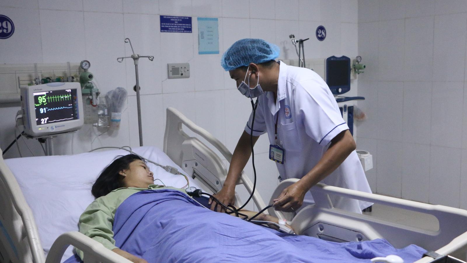 Cứu sống bệnh nhân viêm cơ tim cấp, nhiều lần ngưng tim