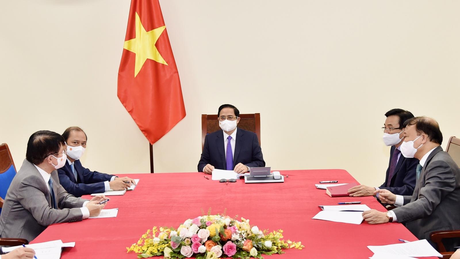 Thủ tướng Chính phủ điện đàm với Thủ tướng Canada