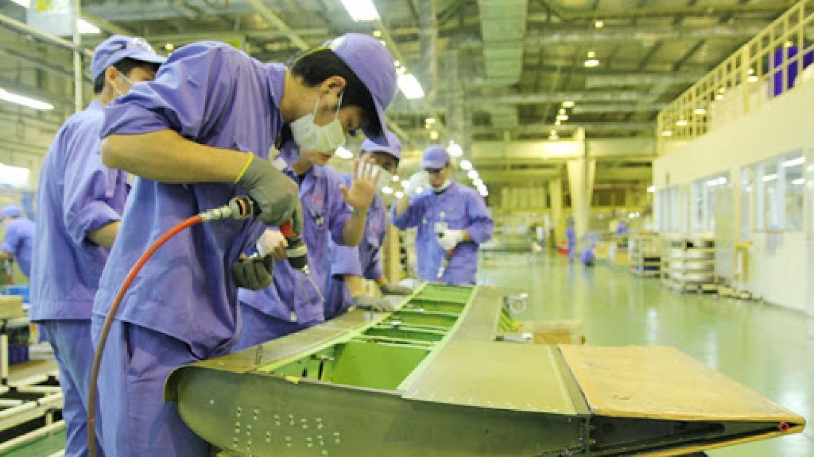 Tăng trưởng kinh tế Việt Nam bị ảnh hưởng bởi làn sóng Covid-19 mới