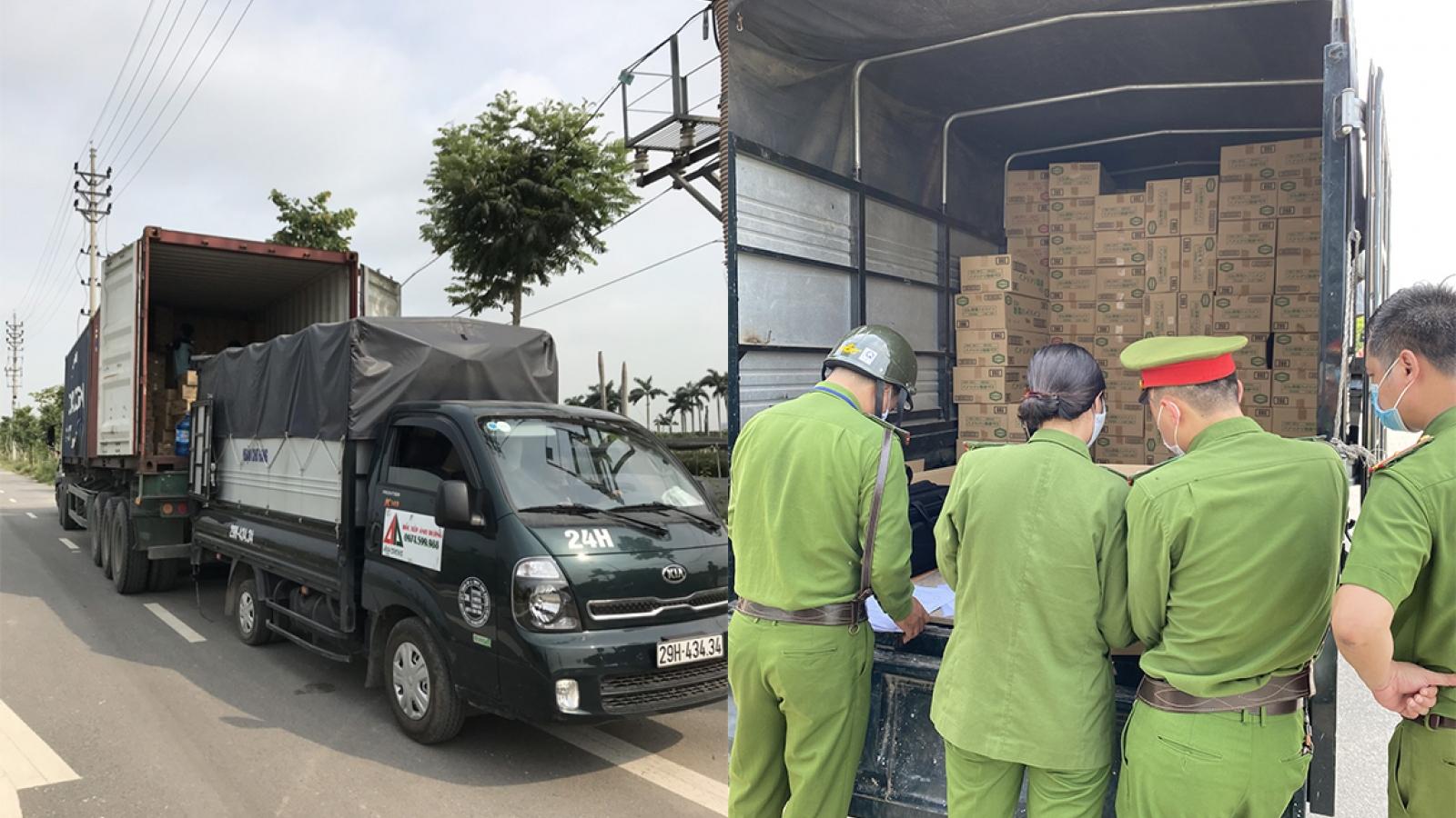 Phát hiện số lượng lớn hàng hóa nhập khẩu không rõ nguồn gốc, hết hạn sử dụng tại Hà Nội