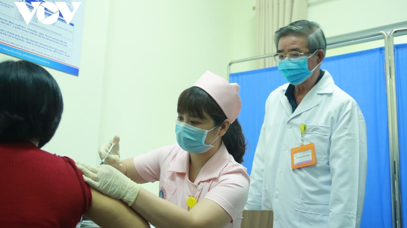 Hoàn thành giai đoạn một tiêm vaccine Covivac trên 120 người
