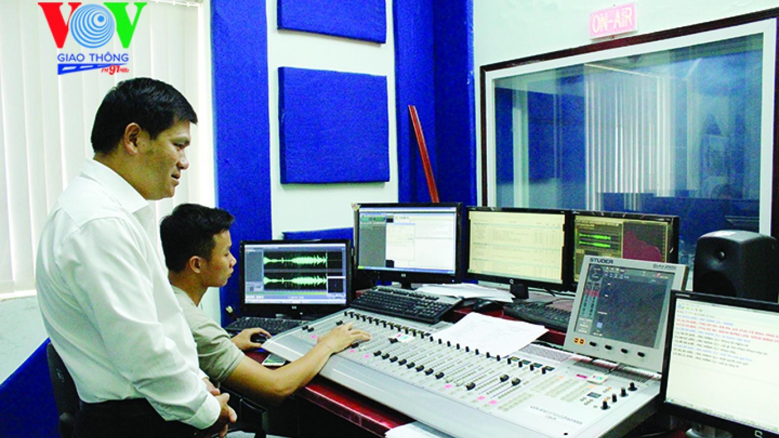 VOV tuyển dụng phóng viên làm việc tại kênh VOV Giao thông
