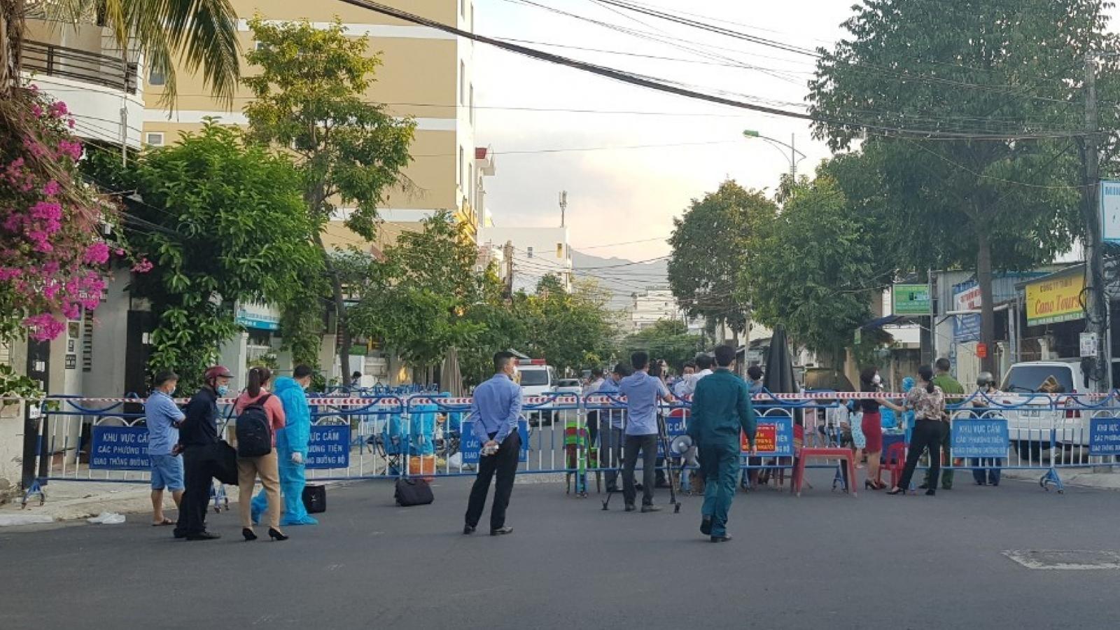 Phú Yên, Khánh Hòa: Phong tỏa phòng khám, khu dân cư liên quan dịch